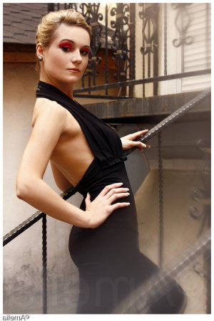 Maria-angeles escort ladyxena à Saint-Cannat