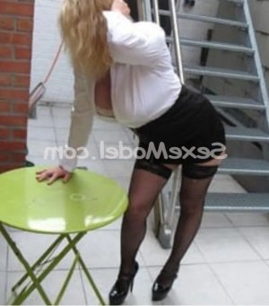Zaria massage sexemodel escorte girl